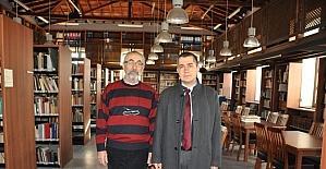 Aksoy'dan Prof. Dr. Manfred Osman Korfmann Kütüphanesi'ne ziyaret