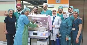 Aras bebek bir gün sonra yeniden doğdu