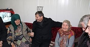 Başkan Alemdar yaşlılara ziyaretlerini sürdürüyor
