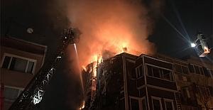 Beşiktaş'ta korkutan ahşap bina yangını