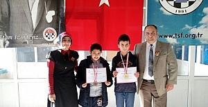 Çamlıca Okulları öğrencileri Satranç Turnuvasından derece ile döndü