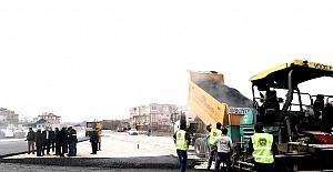 Çarmuzu'da kavşak düzenleme çalışmaları başladı