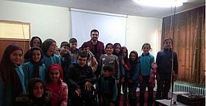 """Çobanlar İmam Hatip Ortaokulu'nda """"fotoğrafçılık"""" anlatıldı"""