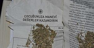 Çocuk eğitimi kitapları içinde uyuşturucu satışı