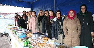 Devrek AK Parti Kadın Kollarından Halep için kermes