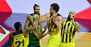 Fenerbahçe Yunanistan'a fark attı