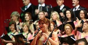 Gaziemir'de kursiyerlerden müzik ziyafeti