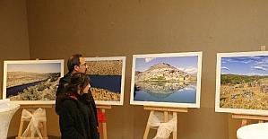 Gazikültür'den kitap tanıtımı ve fotoğraf sergisi