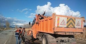 Hisarcık'ta yollara asfalt yama yapılıyor