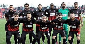 İlginç maçı UTAŞ Uşakspor 6-0 kazandı