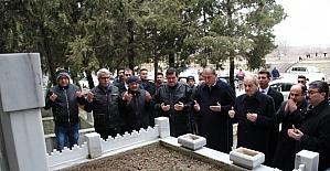 İlker Başbuğ, Bigalı Mehmet Çavuş'un mezarını ziyaret etti