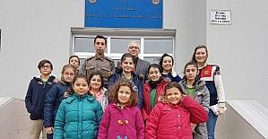 İlkokul öğrencilerinden güvenlik güçlerine ziyaret