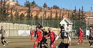 İnönü Üniversitesispor deplasmanda Araban Belediyespor'a 2-0 yenildi