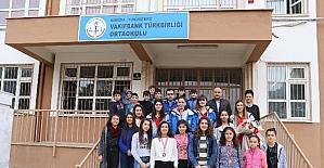 Manisa Büyükşehir'in sultanlarından futsal birincilerine tebrik