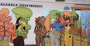 Öğrencilere tiyatro gösterisi düzenlendi