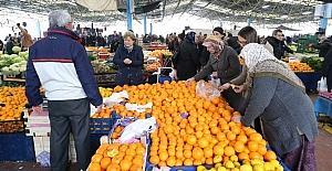 Pamukkale'de pazardan alışveriş yapan vatandaşlar için 'güvenilir tartı' uygulaması