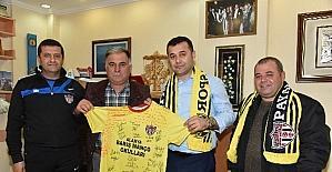 Payallarspor'dan Başkan Yücel'e destek teşekkürü