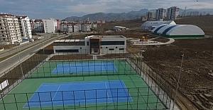 Tenis kortları Nisan'da açılıyor