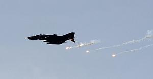 Türk ve Rus jetleri otak operasyona başladı