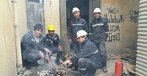 VEDAŞ ekibinden zorlu onarım çalışması