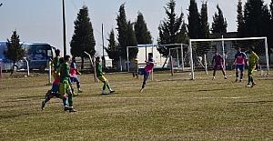 Yunusemre Belediyespor, Karaağaçlı'yı mağlup etti