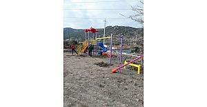 3 köye çocuk parkı kuruldu