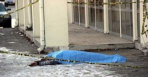 4. kattan düşen şahıs hayatını kaybetti