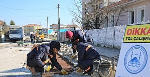 Adapazarı'nda yollarda bakım ve onarım çalışmaları sürüyor