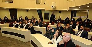 Başkan Çolakbayrakdar, 2017 projelerini meclis üyelerine anlatta