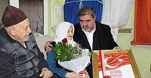 Başkan Özdemir'den şehit ailesine özel tablo