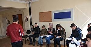 Bitlis Belediyesinden gitar, tiyatro ve bağlama kursu