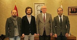 Eğitim-Sen mensupları Başkan Kurt'u ziyaret etti
