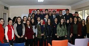 Gençlere hukuk eğitimi semineri verildi