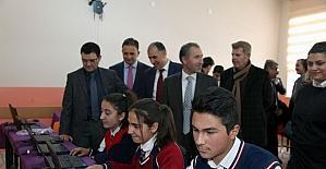Gürpınar Anadolu Lisesine bilgisayar desteği