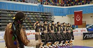 Halk oyunları il yarışması sona erdi