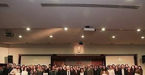 İzmir Ekonomi öğrencilerine girişimcilik sertifikası