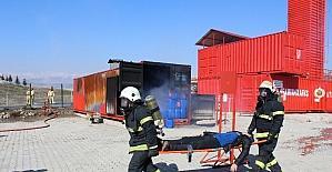 Kahramanmaraş'ta nefesleri kesen yangın ve deprem tatbikatı yapıldı