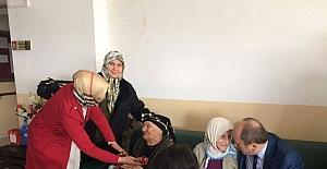 Karadağ'dan Huzurevi ziyareti