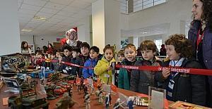 Kültürümüz ve oyuncaklarımız sergisi büyük ilgi gördü