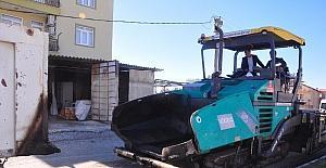 Manavgat'ta çöken yollar bakıma alındı