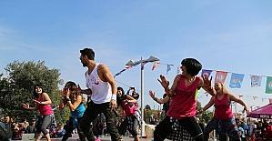 Mezitlililer, kansere dansla dikkat çekti