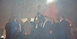 Namağlup şampiyona görkemli kutlama