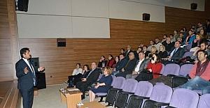 NEÜ'de 'Nevşehir Kalesi Yeraltı Yerleşimi' konulu konferans düzenlendi