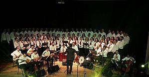 Odunpazarı Belediyesi Türk Halk Müziği Korosu müzikseverlerle buluştu
