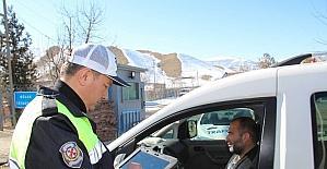 Oltu Bölge Trafik İstasyon Amirliği trafik denetimlerini artırdı