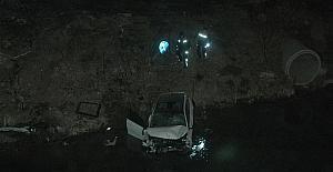 Otomobil sulama kanalına uçtu, kazada...