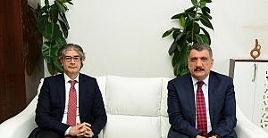 Prof. Dr. Özdemir, Başkan Gürkan'a veda ziyaretinde bulundu