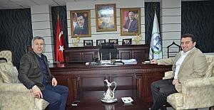 Sarıcakaya Belediye Başkanı Güler, Bozüyük Belediye Başkanı Bakıcı'yı ziyaret etti
