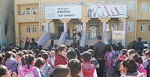 Silopi'de en güzel İstiklal Marşı okuma yarışması
