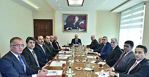 Vali Çakacak, rektörlerle güvenlik toplantısı yaptı
